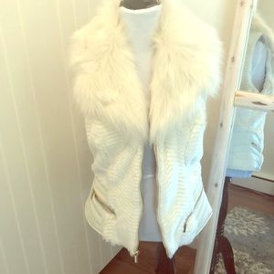 Guess....White faux fur vest....never worn!